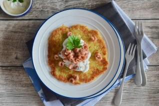 Kartoffelpuffer mit Nordseekrabben & Schmand-Dip