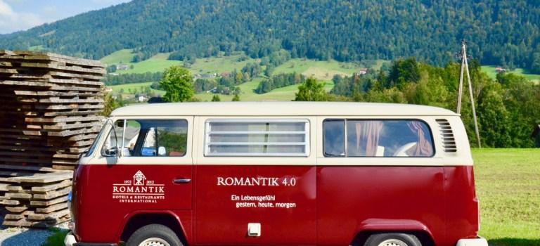 Explore Romantik: Eine kulinarische Rundreise mit dem VW Bulli