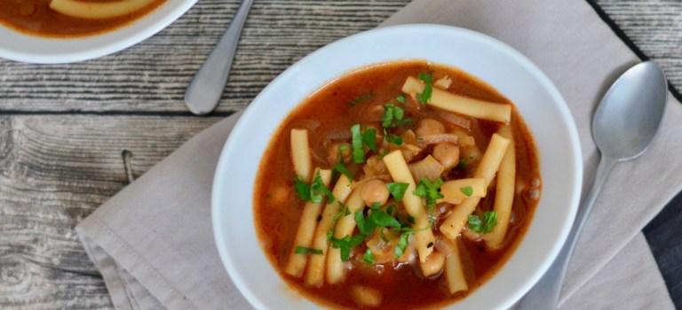 Kochen im Schnellkochtopf: Kichererbsen-Eintopf mit Pasta