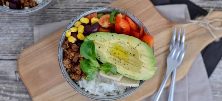 Happy Food: Vegane Tex-Mex Bowl / Gewinnspiel