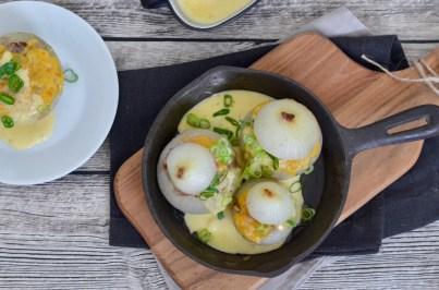 Soulfood: Gefüllte Zwiebeln mit Chili-Cheese-Sauce