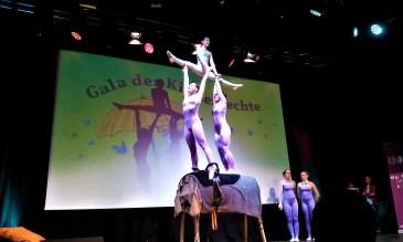 An impressive acrobatic performance