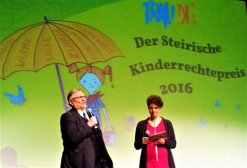 The founder and president of the Kinderbüro Gerhard H.J. Fruhmann MA (left) with the moderator