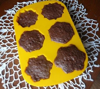 forma z muffinkami