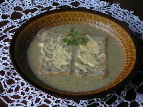 zupa cebulowa1