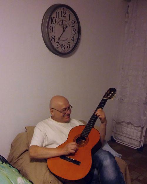 jacek z gitarą