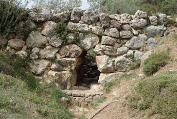 ANTIČKO BLAGO KOJE KORISTI MEŠTANIMA I DANAS