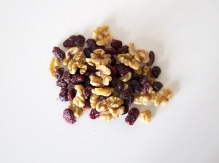 ah-to-go-snack-walnoten-cranberry