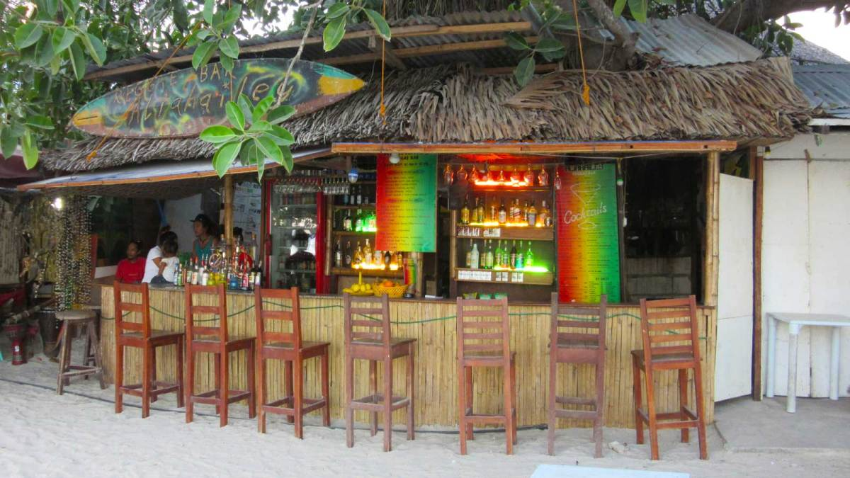 panglao-alona-beach-bar
