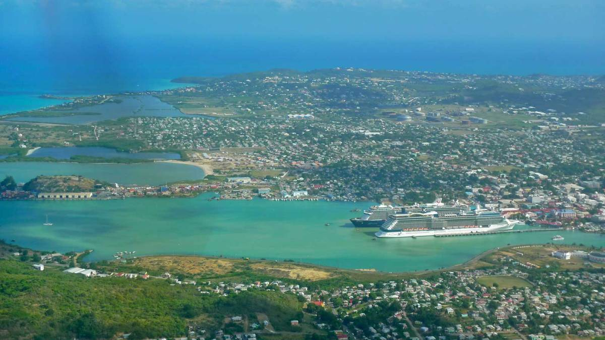 Antigua-from-above