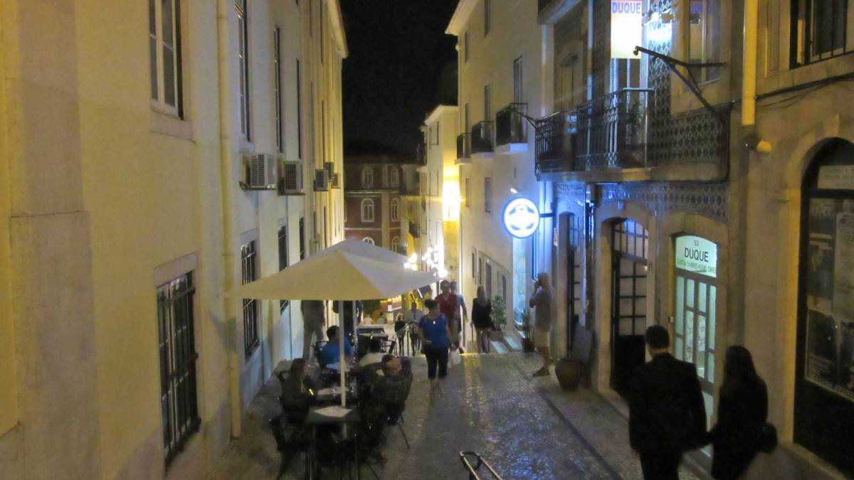 Lisbon_barrio-alto-1