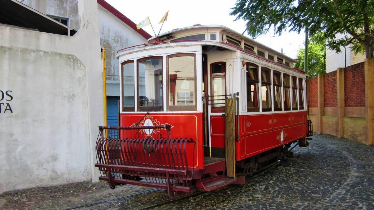 Lisbon_tram-museum-2