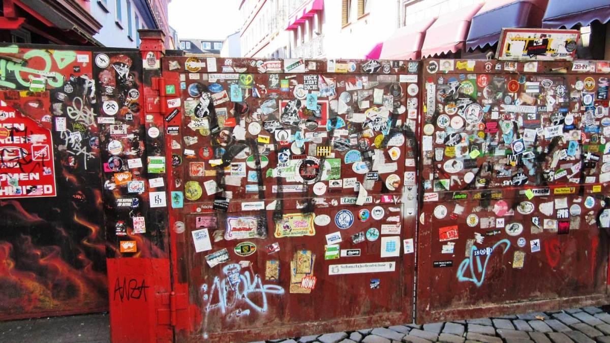 hamburg_reeperbahn-wall