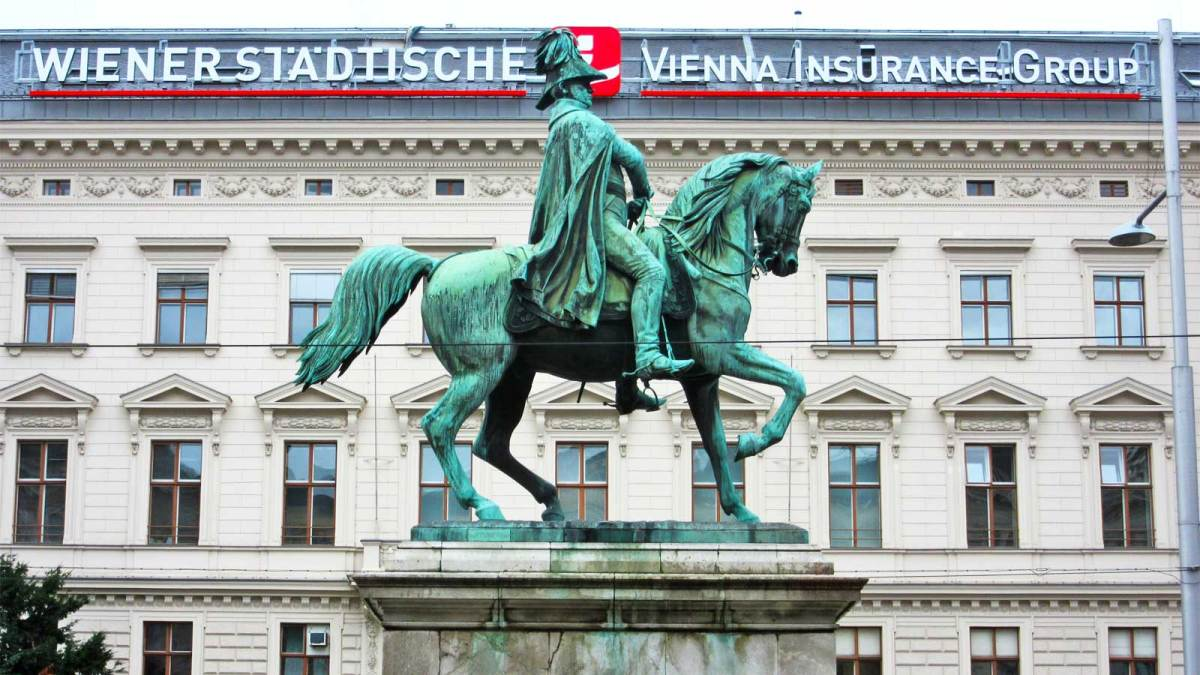 vienna_statue