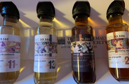 SMWS Whisky with Character The Dram Team box