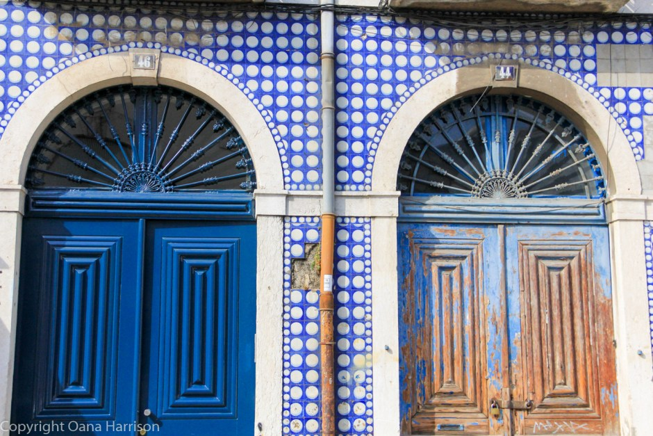 Blue tile and doors in Lisbon