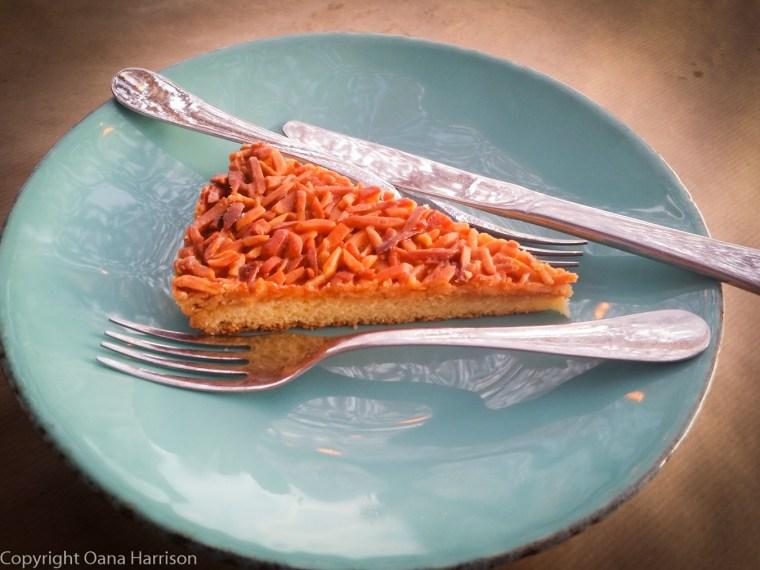 Marisco na Praca Cascais almond cake touchinho do ceu