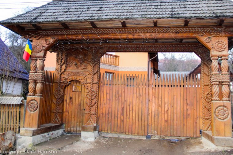 Romanian Traditions Christmas Maramures Wood Carved Gate