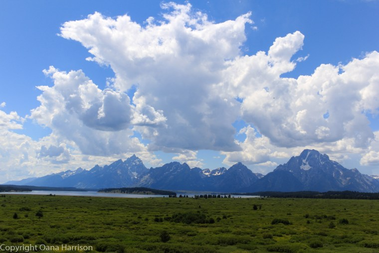 Grand-Teton-clouds-and-range