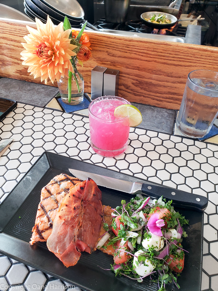 Local-Ocean-Newport-OR-7-fresh-fish-plate-and-pink-cocktail