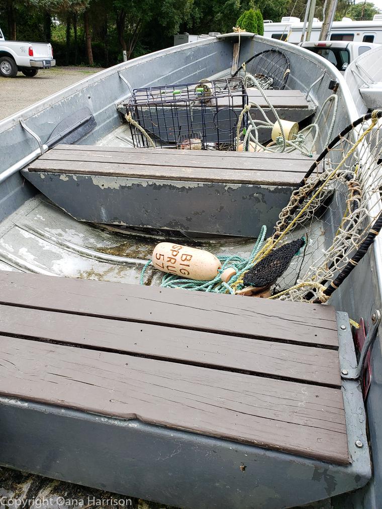 Netarts-Bay-OR-Crabbing-6-boat