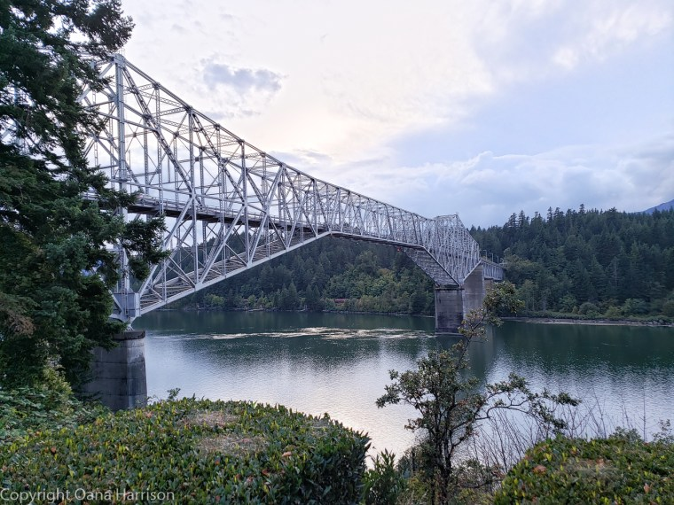 Ainsworth Park bridge over Columbia River