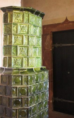 The green tiles are typica lof Alsatian pôeles