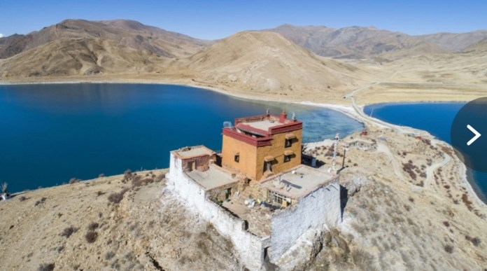 "The Rituo Temple is inhabited by the ""world's loneliest monk"" Ahwang Pincuo Credit: Rex"