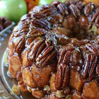Apple Pecan Monkey Bread