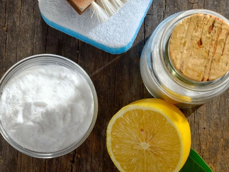 cleaning with lemon and salt