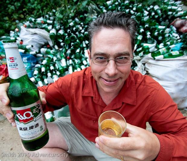 Rick Green drinks Liquan beer