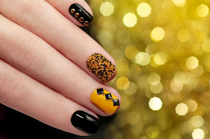 40 Attractive Nail Art Designs 24