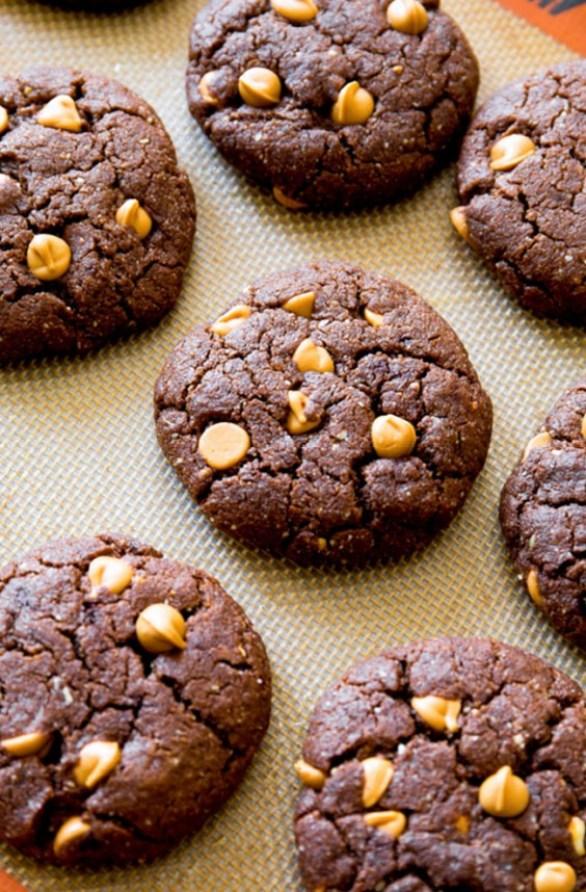 paleo peanut butter cookie