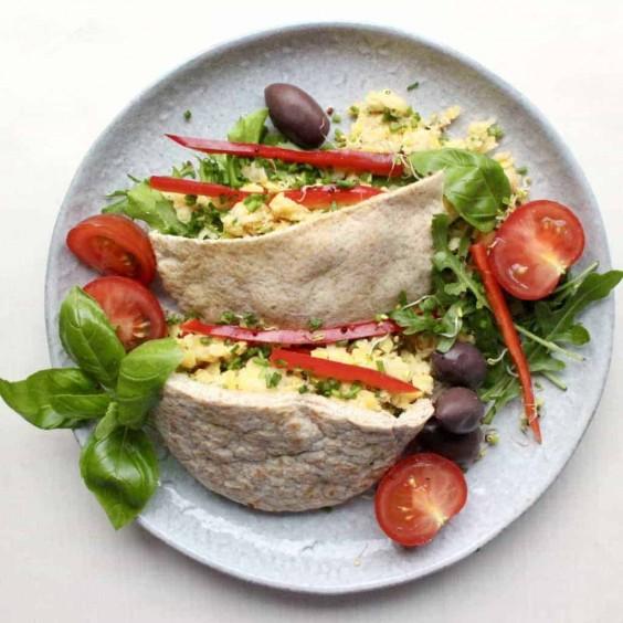 Mediterranean Chickpea Tuna Pitas Recipe