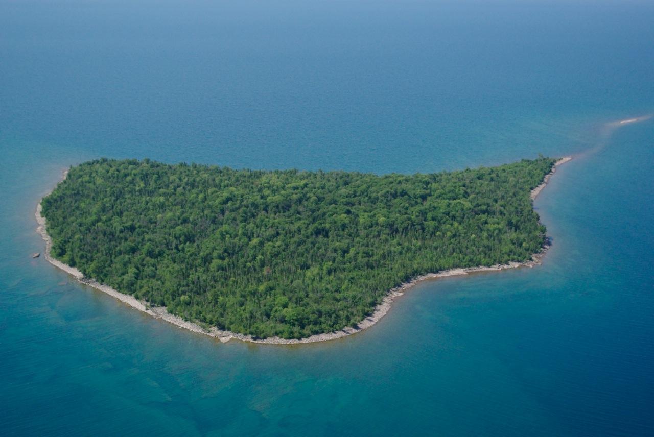 Michigan natives plan artist residency on Superiors remote Rabbit Island  Great Lakes Echo