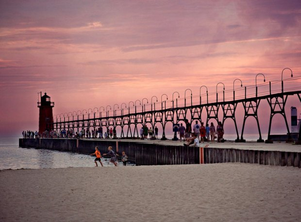 Best Beach Towns in Michigan