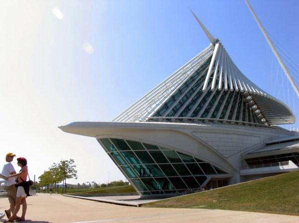 Friday Foray Milwaukee Art Museum Great Lakes Gazette