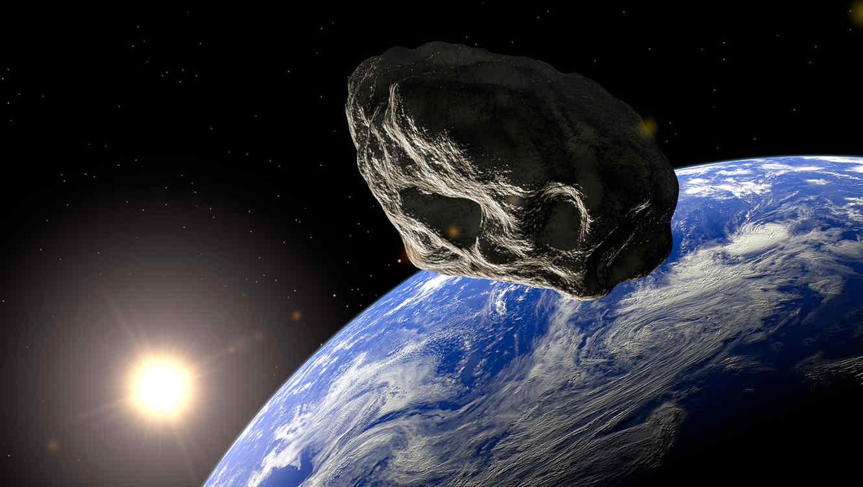 Asteroide Apophis, del tamaño de la Torre Eiffel, nos pasó por encima.