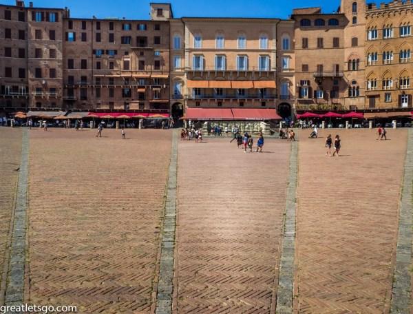 Piazza Del Campo - Siena Italy