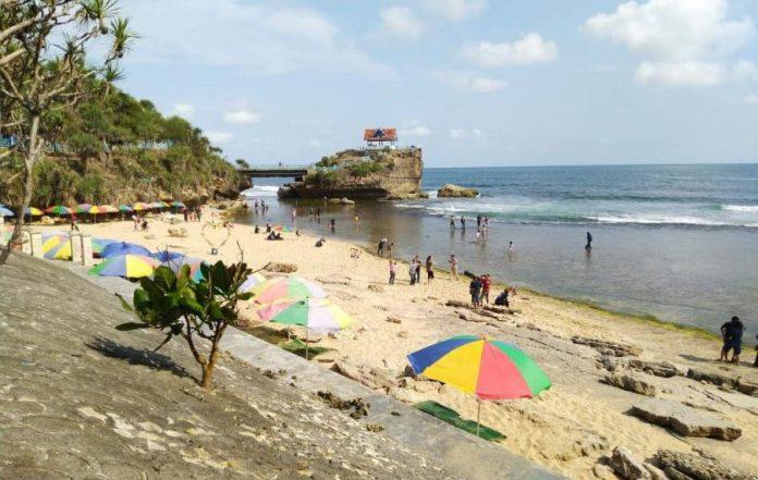 Ngrawe Beach