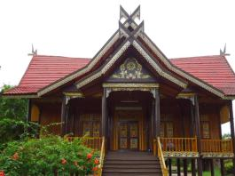 bengkulu traditional house