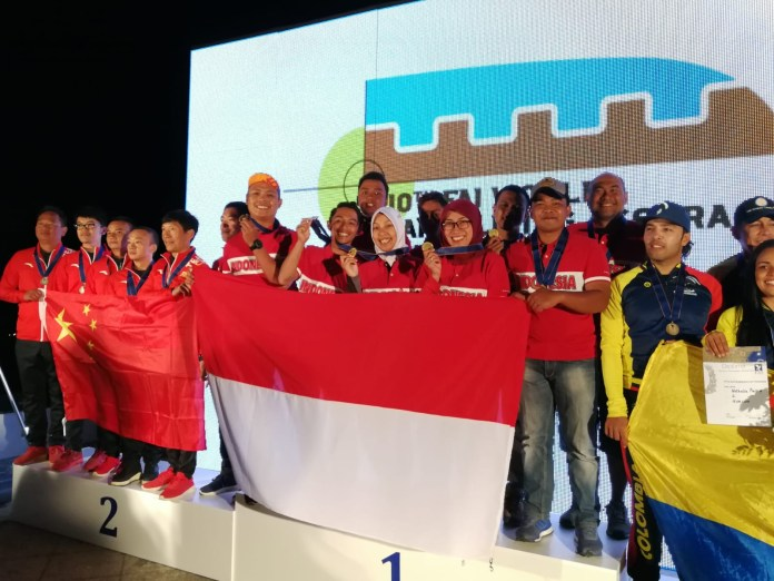indonesia juara paralayang