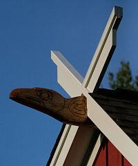 Lita's carved ravens