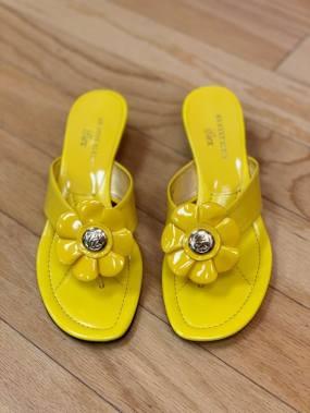 $25 size 7.5 Anne Klein Flex shoes