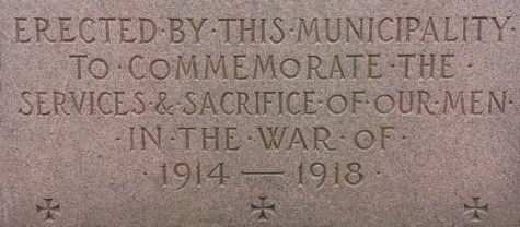 Distinctive lettering (with short, round Os) on Rockwood cenotaph