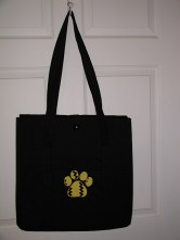 Paw quilted tote
