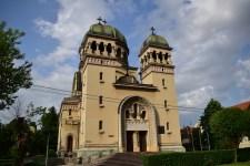 biserica-arh01
