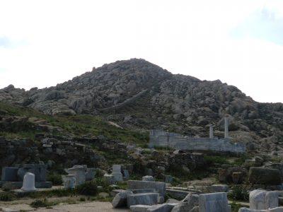 デロス島キントス山
