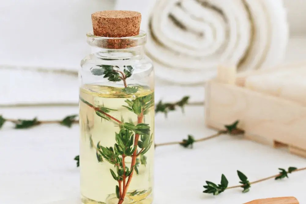 DIY Mouthwash with Greek Thyme Flavour