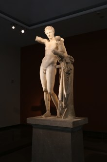 Hermes and Dionysos by Praxiteles